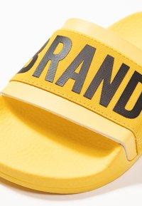 THE WHITE BRAND - MINIMAL ELASTIC - Muiltjes - yellow - 2