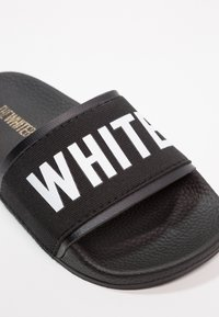 THE WHITE BRAND - MINIMAL ELASTIC - Pantofle - black - 2