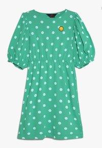 THE ANIMALS OBSERVATORY - SWALLOW KIDS DRESS - Jerseykjoler - green - 0