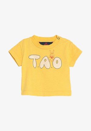 ROOSTER BABIES TAO BABY - Camiseta estampada - yellow