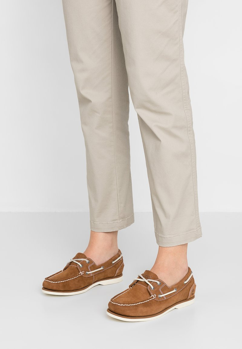 Timberland - EARTHKEEPERS CLASSIC BOAT UNLINED BOAT SHOE - Bootsschuh - braun