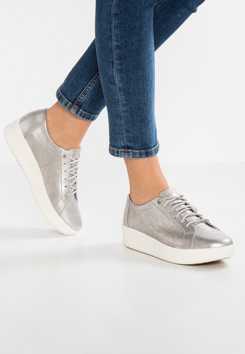 Timberland - BERLIN PARK OXFORD - Sneaker low - silver