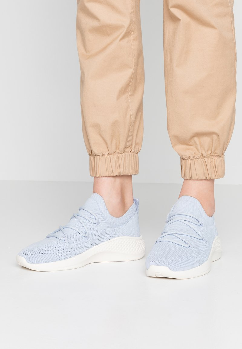 Timberland - FLYROAM GO STOHL OXFORD - Trainers - light blue