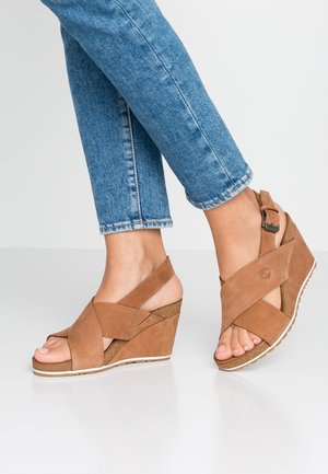 CAPRI SUNSET X-BAND - Wedge sandals - rust