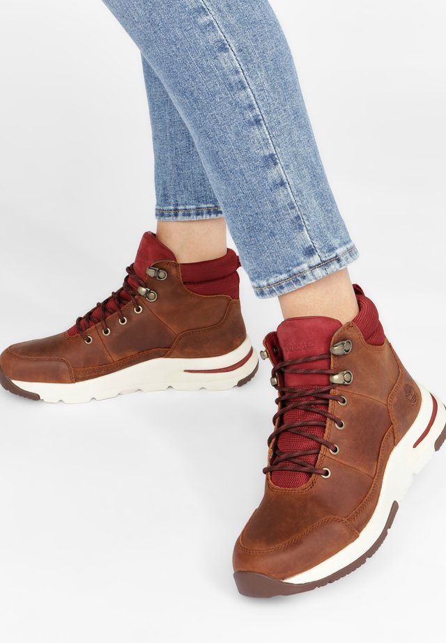 MABEL TOWN HIKER - Bottines à lacets - medium brown