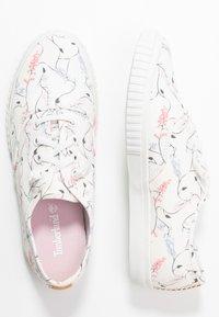 Timberland - NEWPORT BAY BUMPER TOE - Sneaker low - white - 3