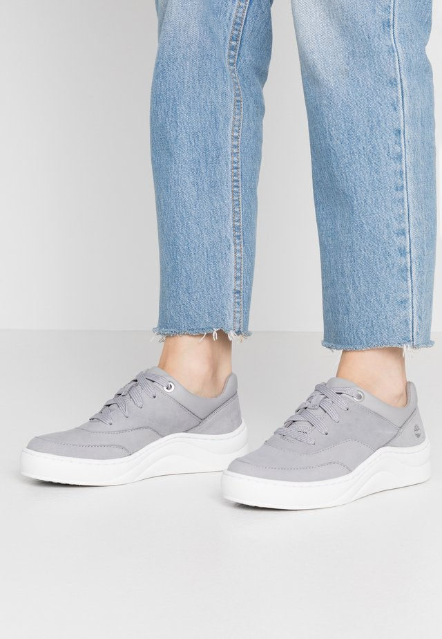 RUBY ANN  - Baskets basses - mid grey