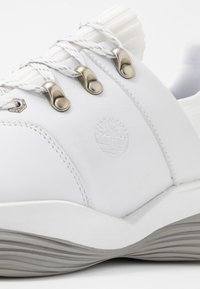 Timberland - EMERALD BAY - Sneaker low - white - 2