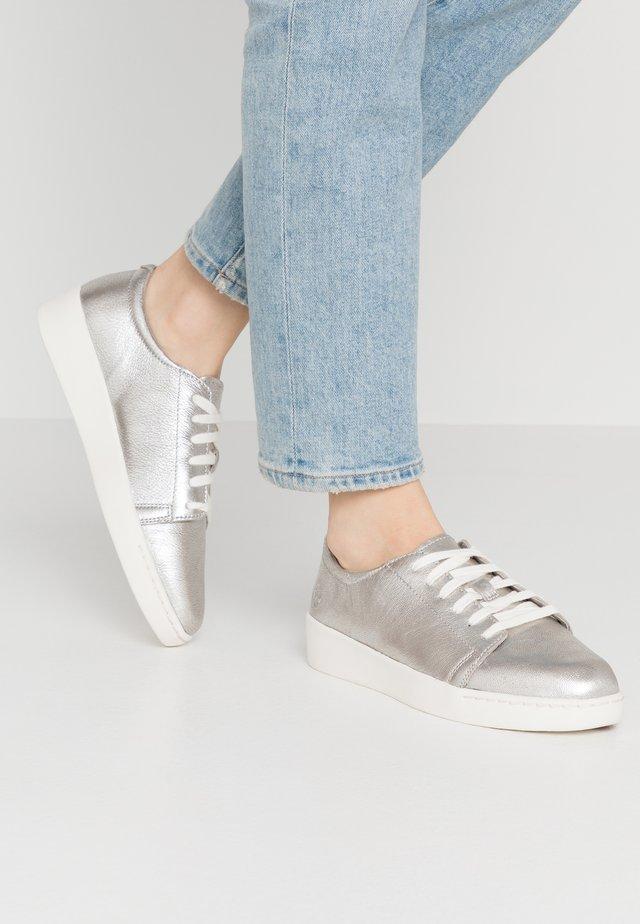TEYA  - Baskets basses - silver