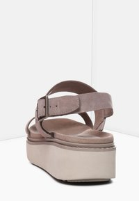 Timberland - SAFARI DAWN 2BAND - Plateausandalette - taupe brown - 3