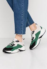 Timberland - DELPHIVILLE  - Sneaker low - dark green - 0