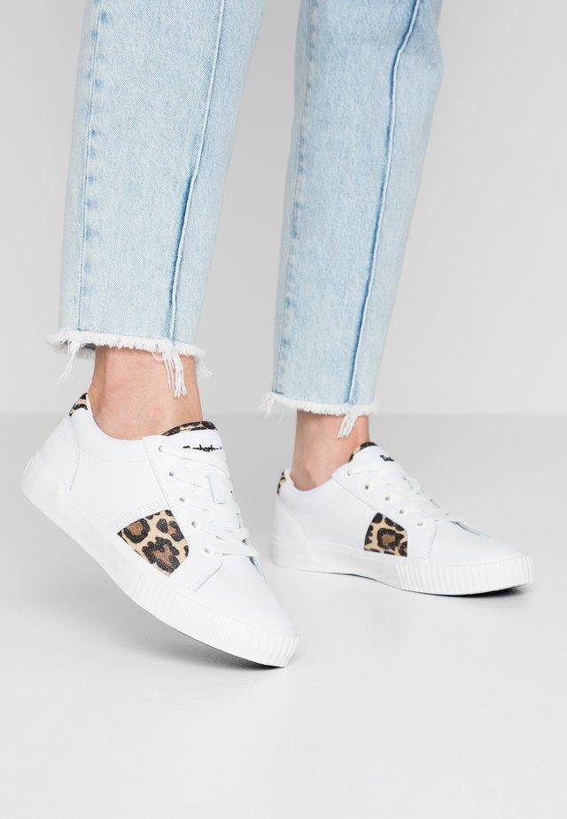 SKYLA BAY OXFORD - Sneaker low - white