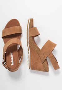 Timberland - CAPRI SUNSET WEDGE - Sandales à plateforme - rust - 3