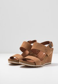 Timberland - CAPRI SUNSET WEDGE - Sandales à plateforme - rust - 4