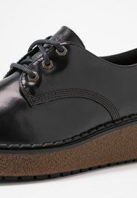 Timberland - BELL LANE DERBY - Lace-ups - dark red - 2