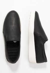 Timberland - TEYA GORE - Loaferit/pistokkaat - black - 3