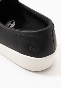 Timberland - TEYA GORE - Loaferit/pistokkaat - black - 2
