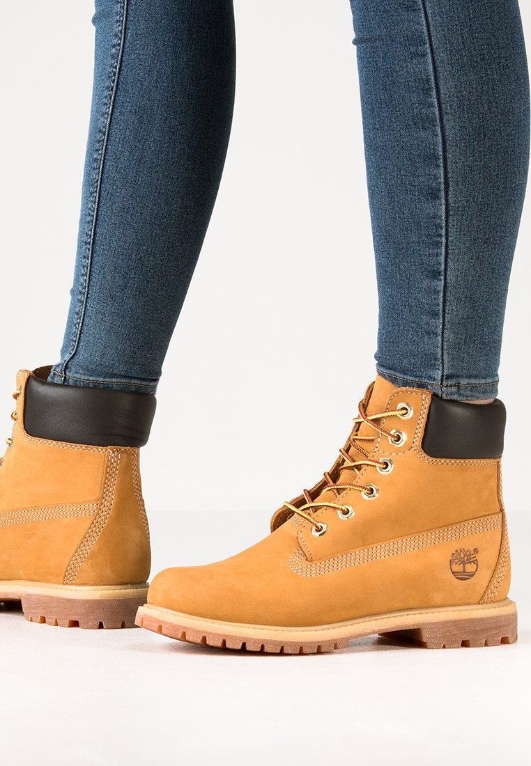 Timberland - 6'' PREMIUM - Lace-up ankle boots - wheat