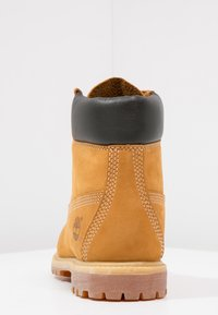 Timberland - 6'' PREMIUM - Lace-up ankle boots - wheat - 4
