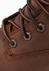 Timberland - LONDON SQUARE 6IN BOOT - Schnürstiefelette - mid brown - 2