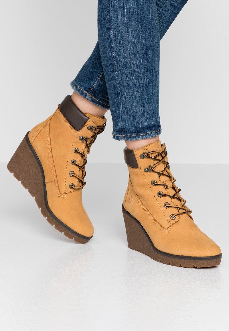 Timberland - PARIS HEIGHT  - High Heel Stiefelette - dark yellow