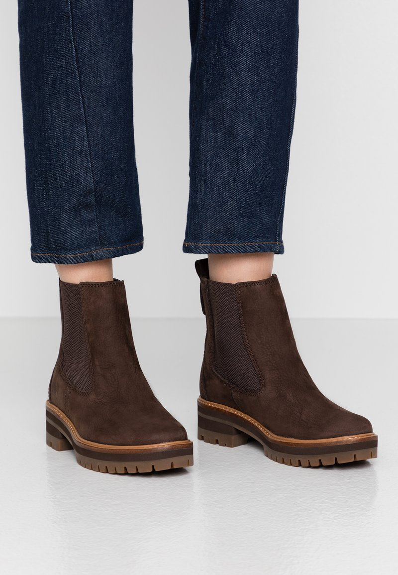 Timberland - COURMAYEUR VALLEY CHELSEA - Classic ankle boots - rust earthybuck
