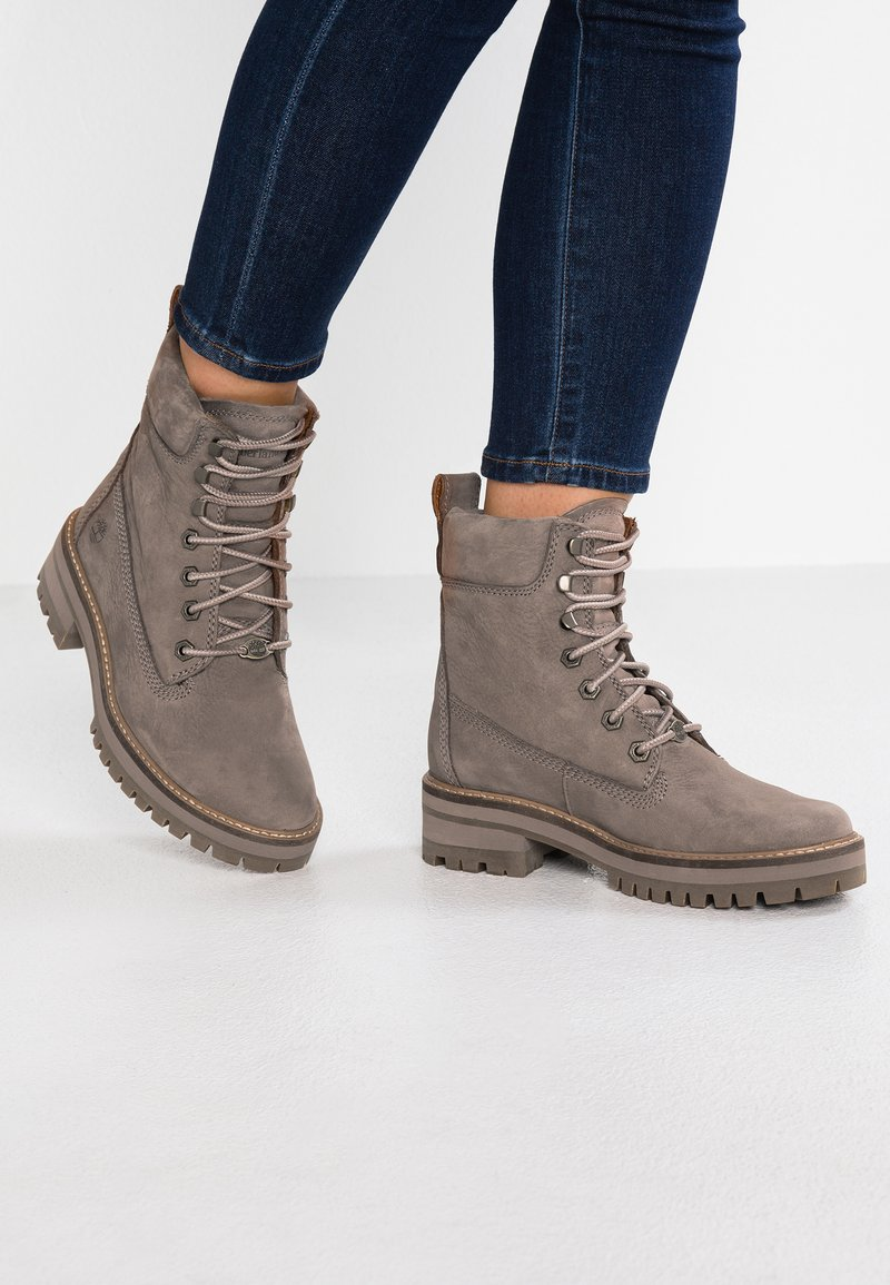 Timberland - COURMAYEUR VALLEY BOOT - Schnürstiefelette - taupe grey