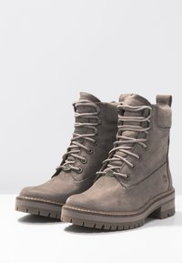 Timberland - COURMAYEUR VALLEY BOOT - Snørestøvletter - taupe grey - 4