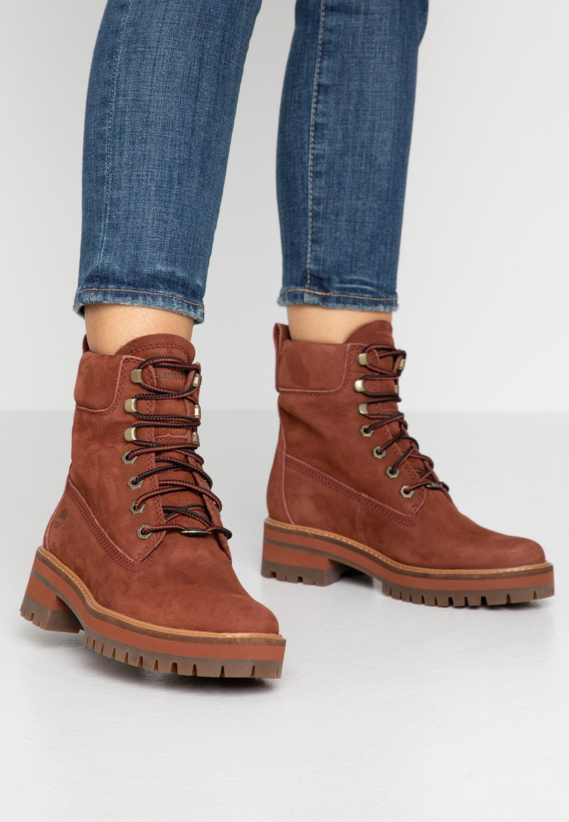 Timberland - COURMAYEUR VALLEY BOOT - Schnürstiefelette - rust