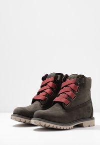 Timberland - 6IN PREMIUM CONVENIENCE - Winter boots - dark green - 4