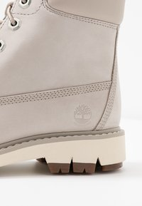Timberland - LUCIA WAY 6IN WP BOOT - Schnürstiefelette - light taupe - 2