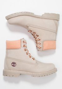 Timberland - 6IN PREMIUM BOOT - Schnürstiefelette - light taupe - 3