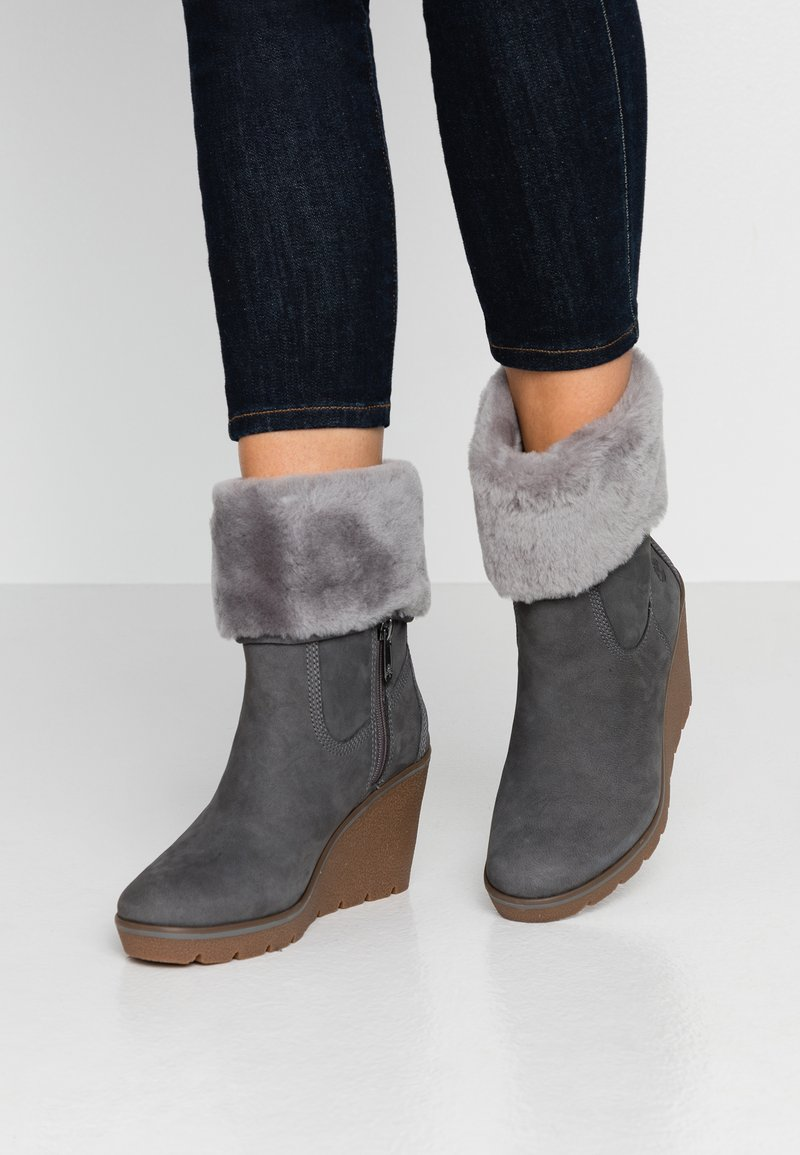Timberland - PARIS HEIGHT - High Heel Stiefelette - medium grey