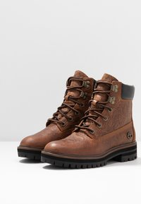 Timberland - LONDON SQUARE 6IN BOOT - Schnürstiefelette - cognac - 4