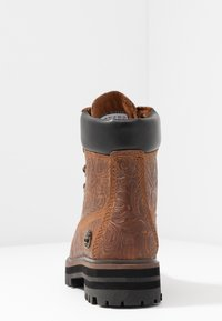 Timberland - LONDON SQUARE 6IN BOOT - Schnürstiefelette - cognac - 5