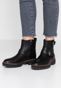 Timberland - LONDON SQUARE - Cowboystøvletter - black - 0