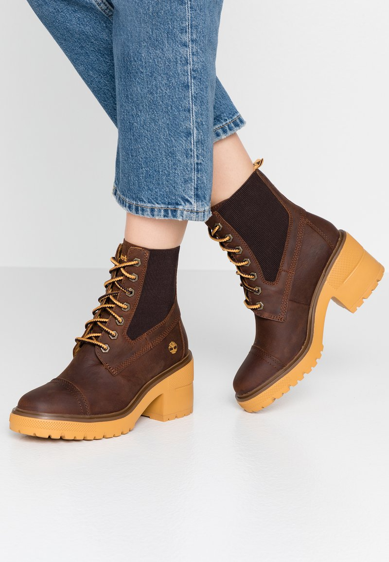 Timberland - BLOSSOM MID BOOTIE - Lace-up ankle boots - brown