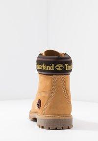 Timberland - 6IN PREMIUM BOOT  - Snørestøvletter - wheat - 5