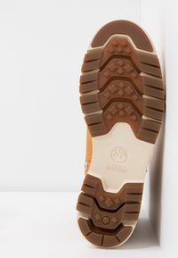 Timberland - LUCIA WAY LOW BOOTIE - Stiefelette - wheat - 6