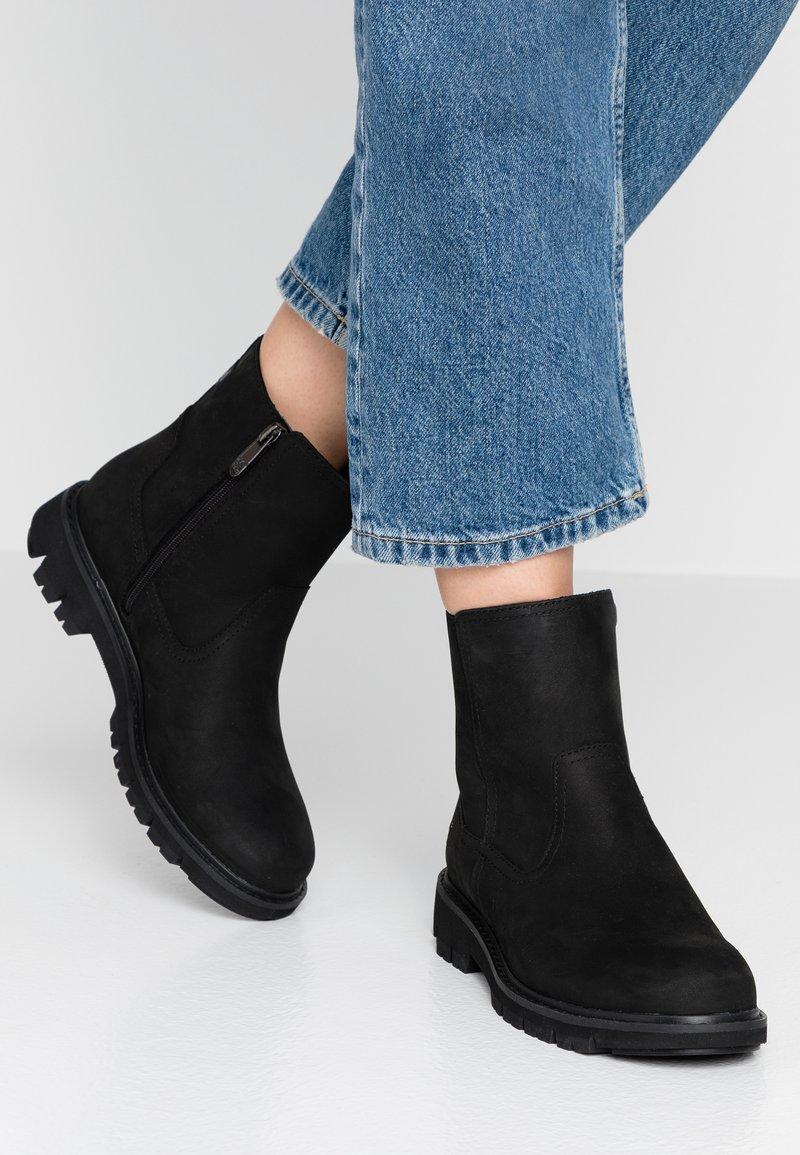 Timberland - LUCIA WAY LOW BOOTIE - Støvletter - black