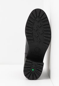 Timberland - SIENNA HIGH CHELSEA - Stiefelette - black - 6