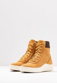 Timberland - RUBY ANN  - Sneaker high - wheat - 4