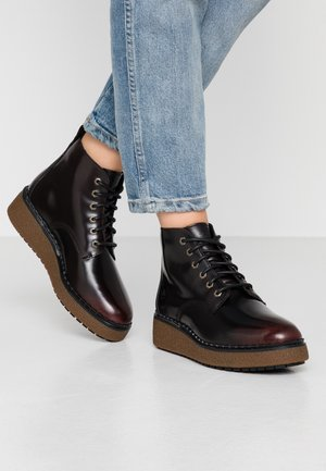 BELL LANE LACE UP - Ankle Boot - dark red