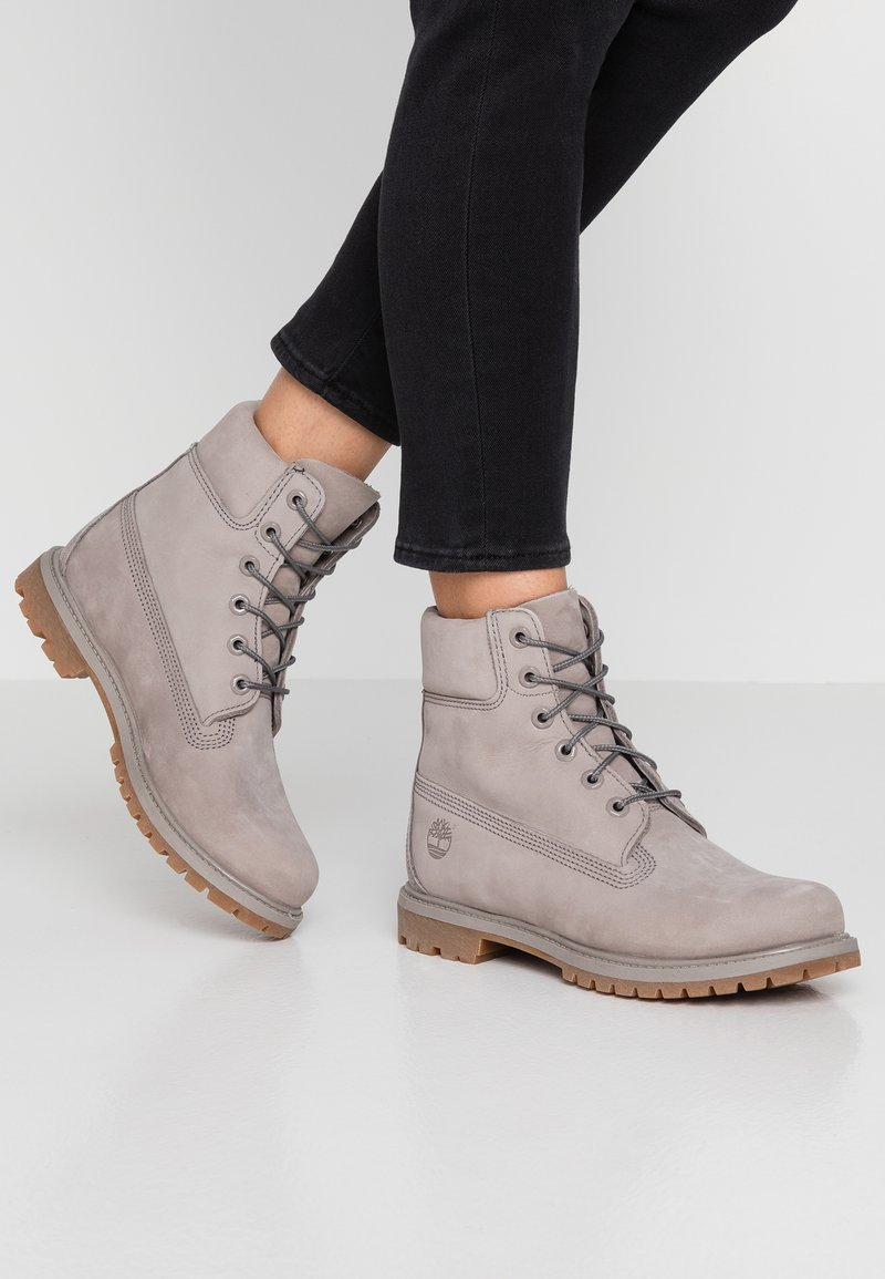 Timberland - 6IN PREMIUM BOOTS - Bottines à lacets - grey