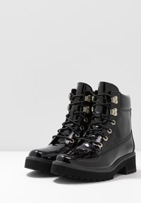 Timberland - CARNABY COOL - Bottines à lacets - black - 2