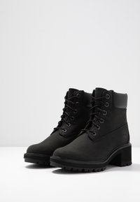 Timberland - KINSLEY 6 IN WP BOOT - Lace-up ankle boots - black - 4