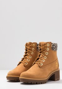 Timberland - KINSLEY WP BOOT - Schnürstiefelette - wheat - 4