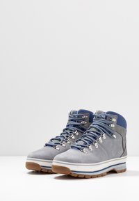 Timberland - EURO HIKER BOOT - Lace-up ankle boots - grey - 4