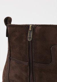Timberland - COURMAYEUR VALLEY  - Kotníkové boty - dark brown - 2