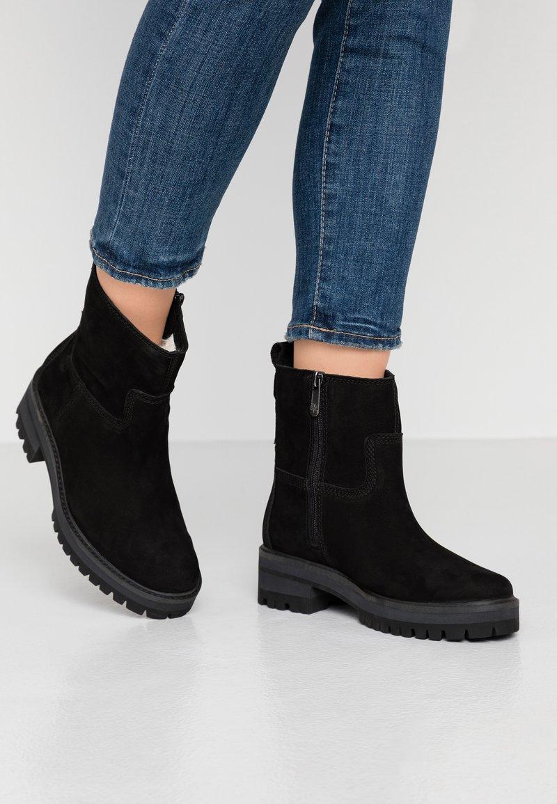 Timberland - COURMAYEUR VALLEY  - Støvletter - black